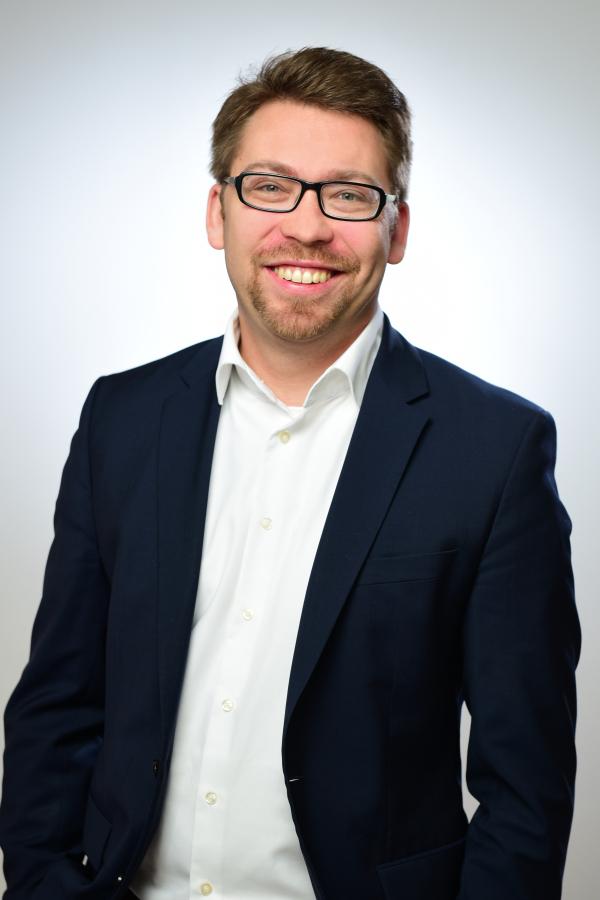 Alexander Mädge